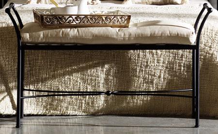 Taburete dalia blog de artesania y decoracion for Taburete pie de cama
