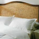 cabecero cama madera y banana