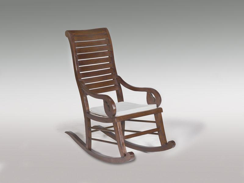 Mecedora madera colonial blog de artesania y decoracion - Sillon balancin madera ...