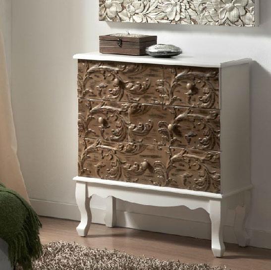 Muebles tallados en madera arcn de madera de pino tallado for Muebles tallados en madera