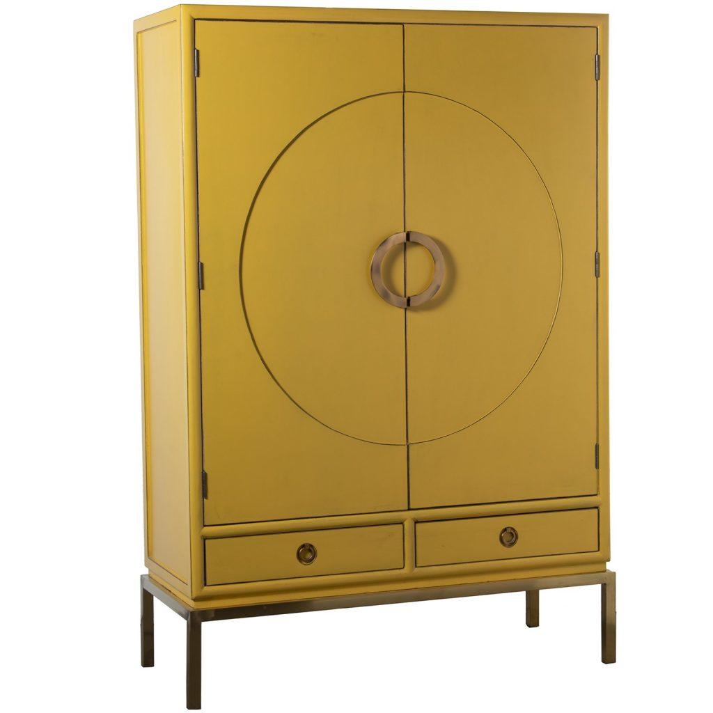 Armario estilo oriental amarillo