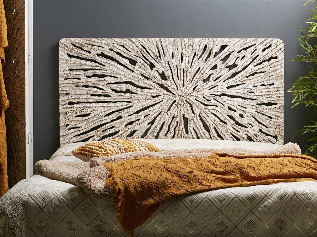 Panel tallado estilo etnico blanco decape