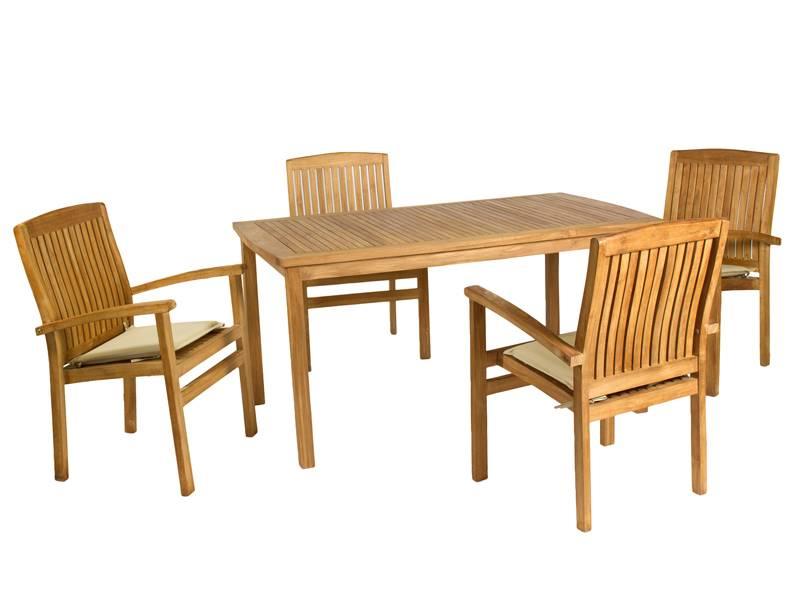 Mesa y sillones de terraza teca