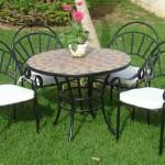 Conjunto de 4 sillones y mesa exterior