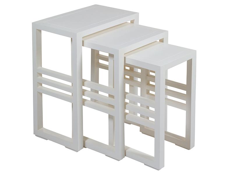 Juego de mesas nido para salon blancas